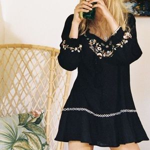 Arnhem Kingsley Tunic Embroidered Black 4